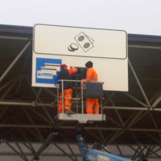 segnaletica casello autostradale